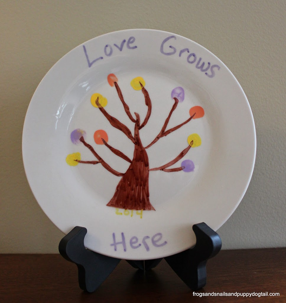 Homemade Mother's Day Gift ~ Fingerprint Tree Plate
