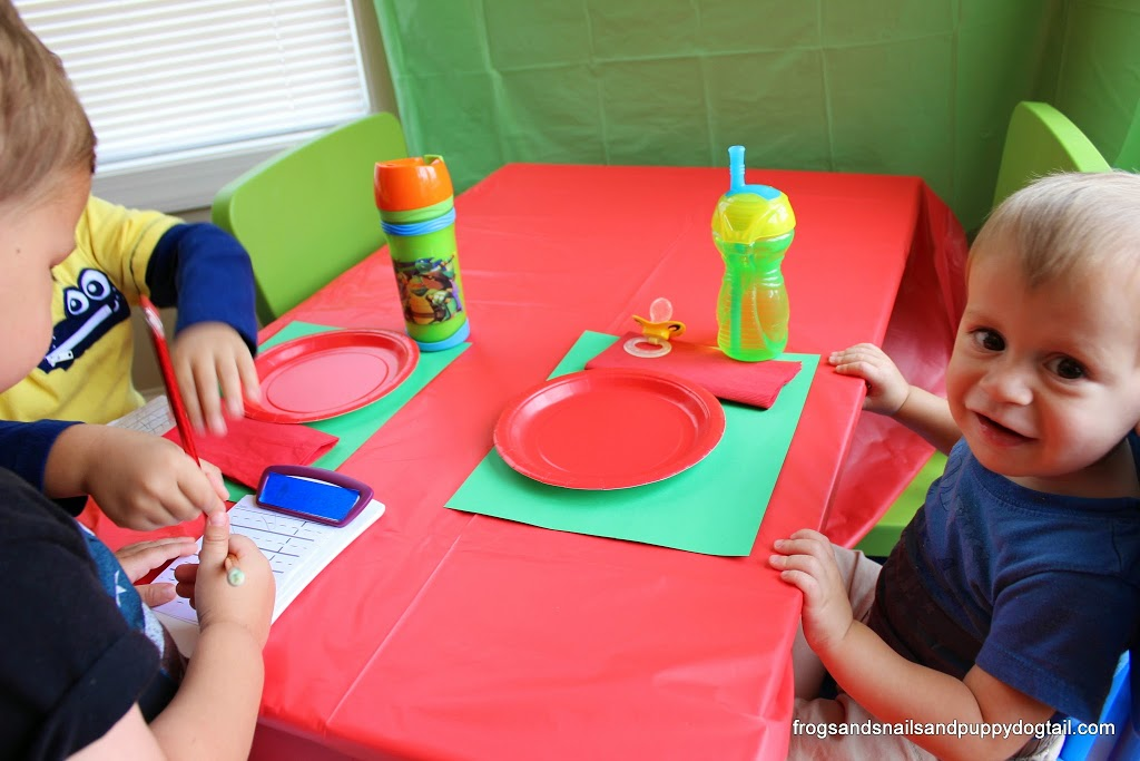 Easy Family Breakfast and Pretend Play Diner for the Kids