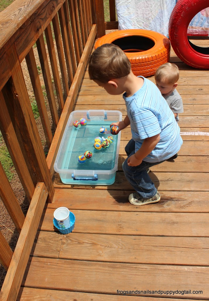 Gross Motor Water Play Ball Toss