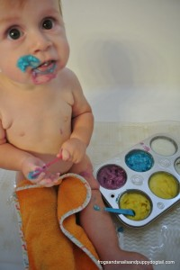 DIY Baby's First {Safe} Finger Paints by FSPDT