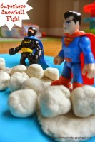 SuperheroSnowballFight