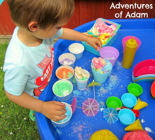 Toddler fine motor skill play