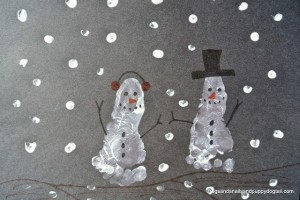 Footprint Snowman Craft for Kids by FSPDT