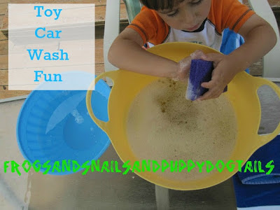 Toy car wash fun- water play for kids