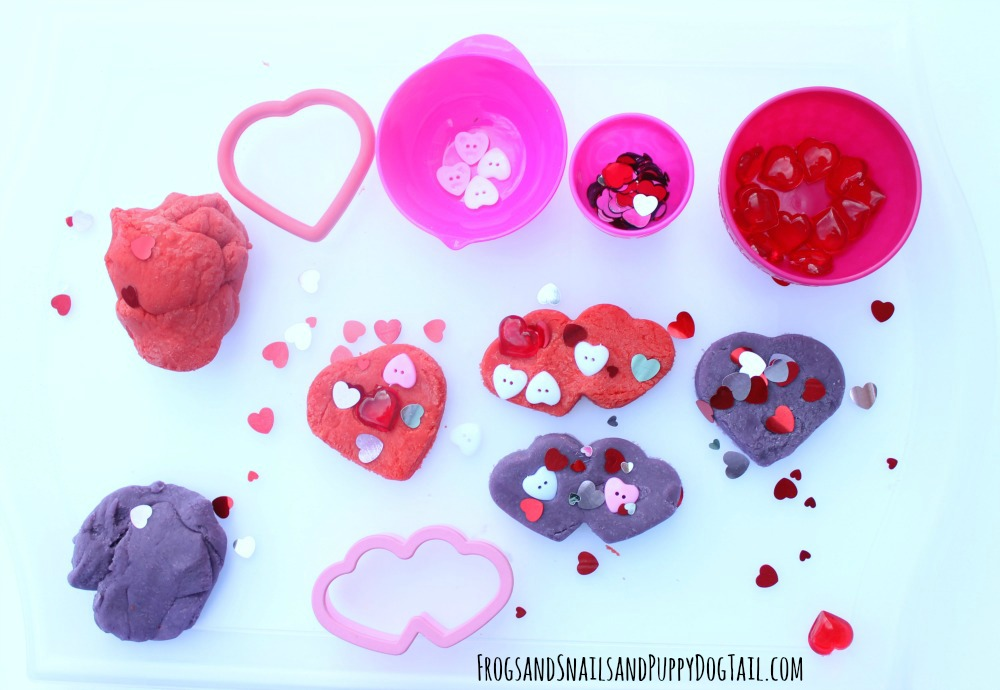 kool-aid-playdough-sensory-play-activity-idea