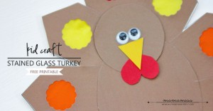 Stained Glass Turkey Craft | @mamamissblog #thanksgiving #turkeycraft #freeprintable